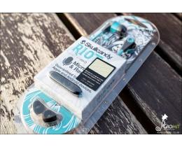 화려한 디자인의 스마트폰 커널형 이어폰 스컬캔디 라이엇