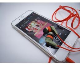 화려함과 풍부한 음향 이어폰 스컬캔디 라이엇 !